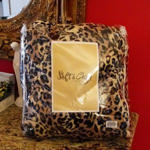 Soft & Cozy Leopard Sheet Set